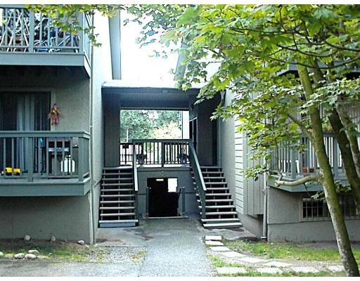 Main Photo: 4 932 LYTTON ST in North Vancouver: WP Windsor Park Condo for sale (NV North Vancouver)  : MLS®# V613605