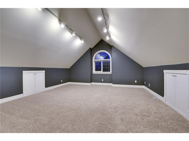 Photo 14: Photos: 124 WOODPARK Circle SW in Calgary: Woodlands House for sale : MLS®# C4047863