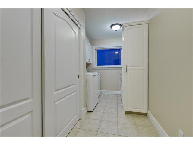 Photo 8: Photos: 124 WOODPARK Circle SW in Calgary: Woodlands House for sale : MLS®# C4047863