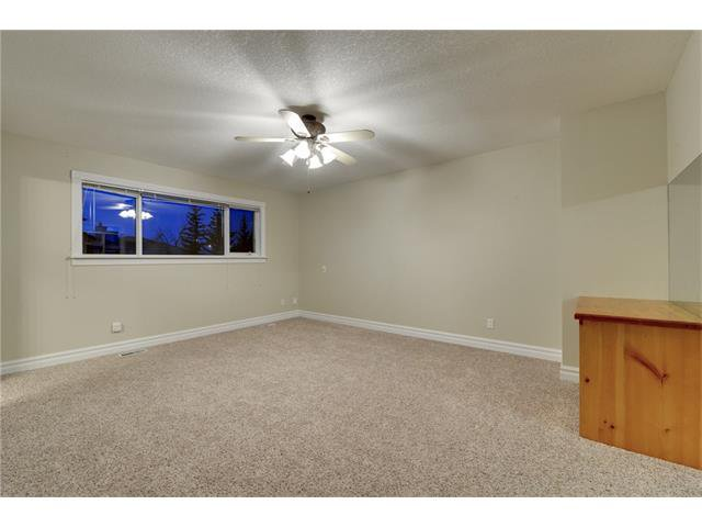 Photo 10: Photos: 124 WOODPARK Circle SW in Calgary: Woodlands House for sale : MLS®# C4047863