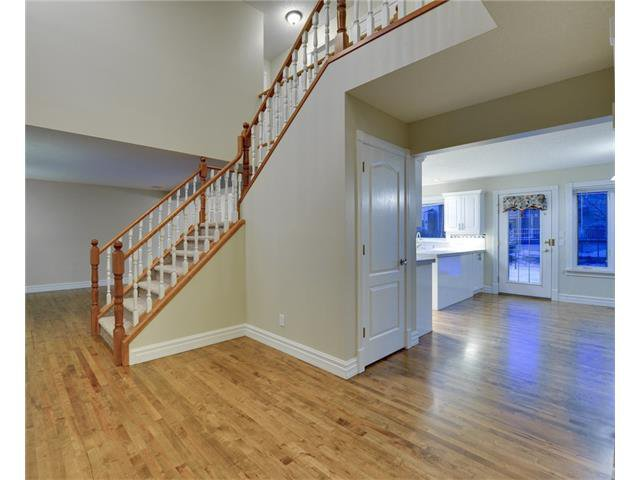 Photo 2: Photos: 124 WOODPARK Circle SW in Calgary: Woodlands House for sale : MLS®# C4047863