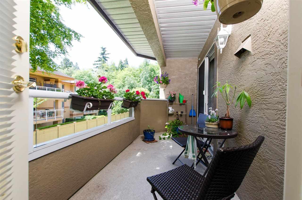 "Photo 8: Photos: 216 2239 152 Street in Surrey: Sunnyside Park Surrey Condo for sale in ""Semiahmoo Estates"" (South Surrey White Rock)  : MLS®# R2033570"
