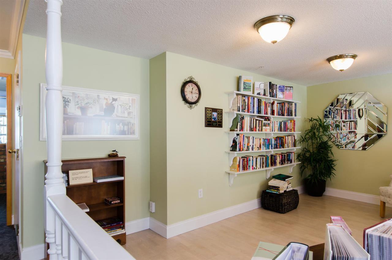 "Photo 16: Photos: 216 2239 152 Street in Surrey: Sunnyside Park Surrey Condo for sale in ""Semiahmoo Estates"" (South Surrey White Rock)  : MLS®# R2033570"