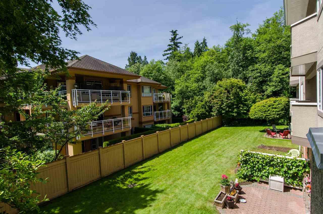 "Photo 7: Photos: 216 2239 152 Street in Surrey: Sunnyside Park Surrey Condo for sale in ""Semiahmoo Estates"" (South Surrey White Rock)  : MLS®# R2033570"