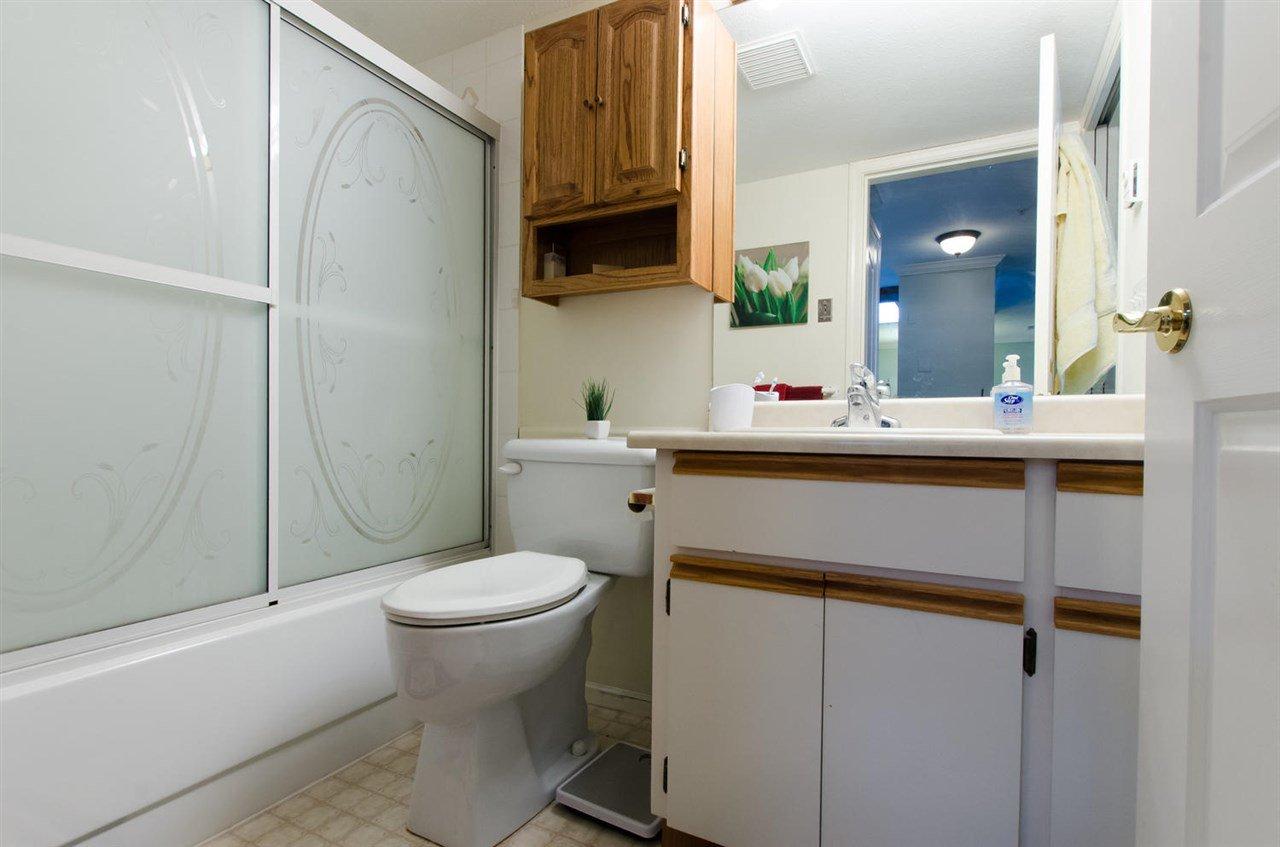 "Photo 11: Photos: 216 2239 152 Street in Surrey: Sunnyside Park Surrey Condo for sale in ""Semiahmoo Estates"" (South Surrey White Rock)  : MLS®# R2033570"