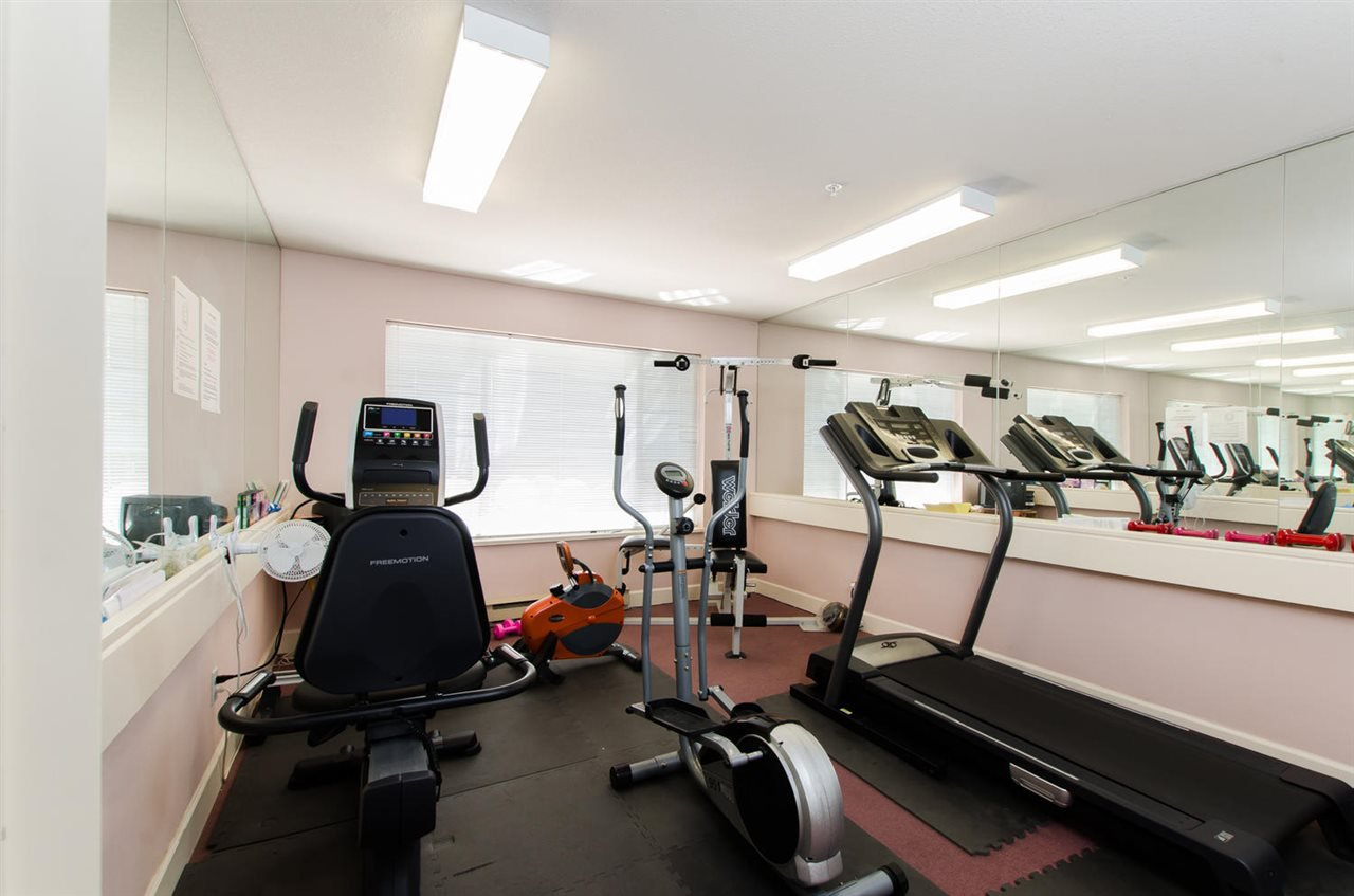 "Photo 17: Photos: 216 2239 152 Street in Surrey: Sunnyside Park Surrey Condo for sale in ""Semiahmoo Estates"" (South Surrey White Rock)  : MLS®# R2033570"