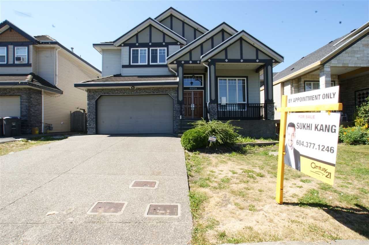 """Main Photo: 6939 152 Street in Surrey: East Newton House for sale in """"Chimney Heights"""" : MLS®# R2100955"""