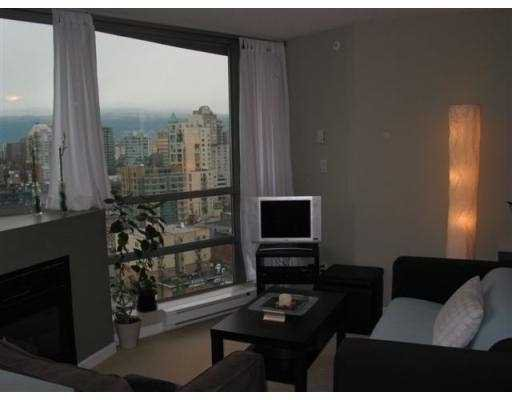 """Photo 4: Photos: 501 PACIFIC Street in Vancouver: Downtown VW Condo for sale in """"THE 501"""" (Vancouver West)  : MLS®# V622768"""