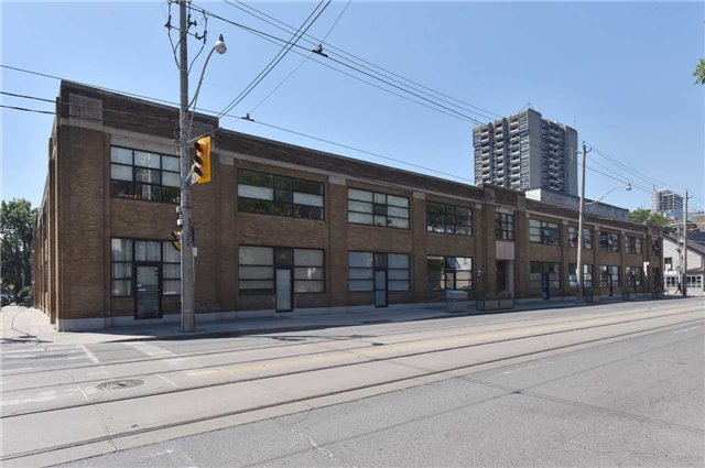 Main Photo: 365 Dundas St E Unit #114 in Toronto: Moss Park Condo for sale (Toronto C08)  : MLS®# C3845794