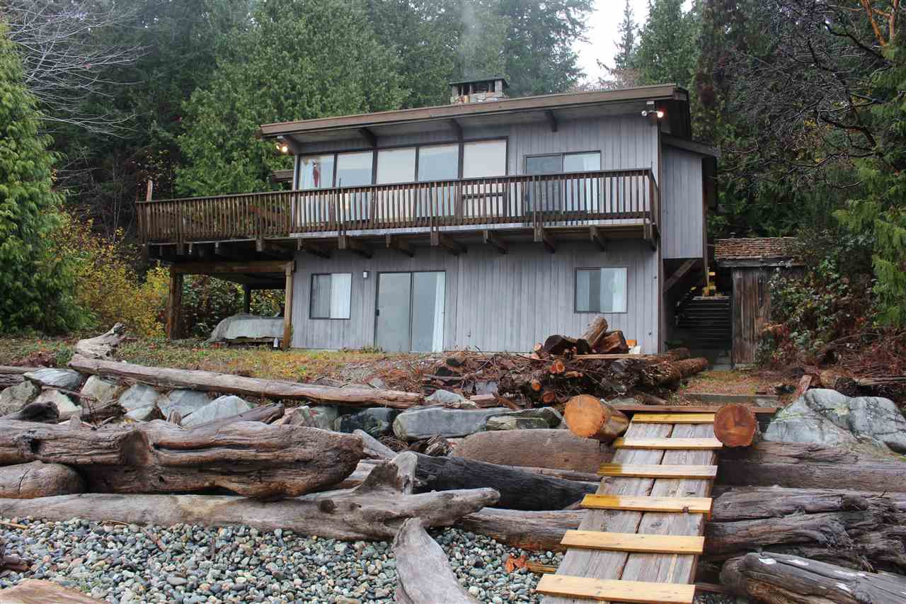 "Photo 2: Photos: 2027 CASSIDY Road: Roberts Creek House for sale in ""CLOSE TO CAMP BYNG"" (Sunshine Coast)  : MLS®# R2223864"