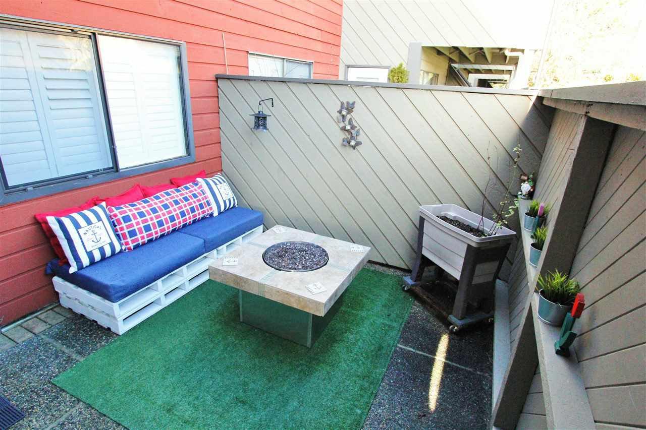 Main Photo: 147 5421 10 AVENUE in Delta: Tsawwassen Central Condo for sale (Tsawwassen)  : MLS®# R2235860