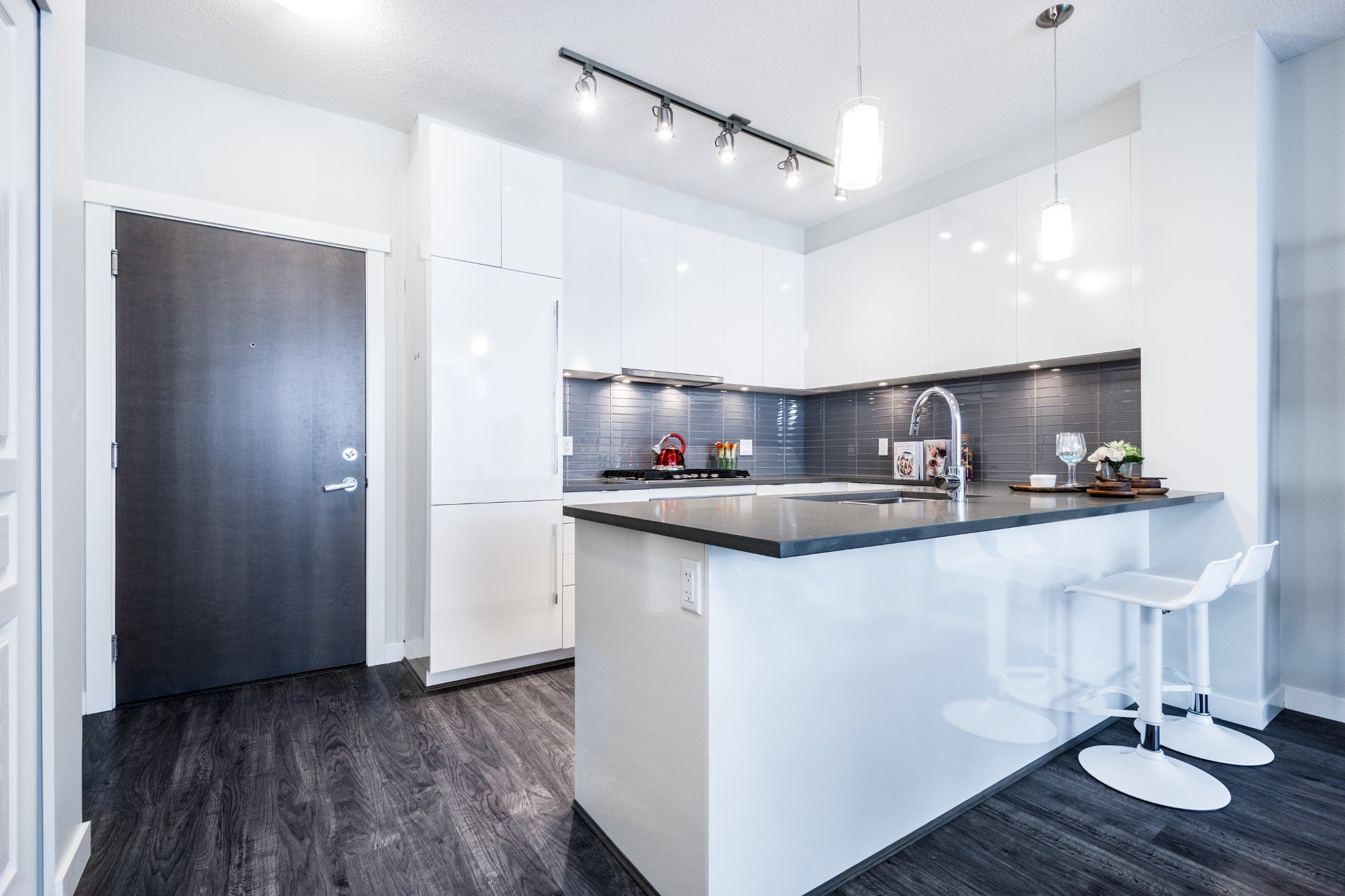 """Photo 10: Photos: 402 9311 ALEXANDRA Road in Richmond: West Cambie Condo for sale in """"ALEXANDRA COURT"""" : MLS®# R2266613"""