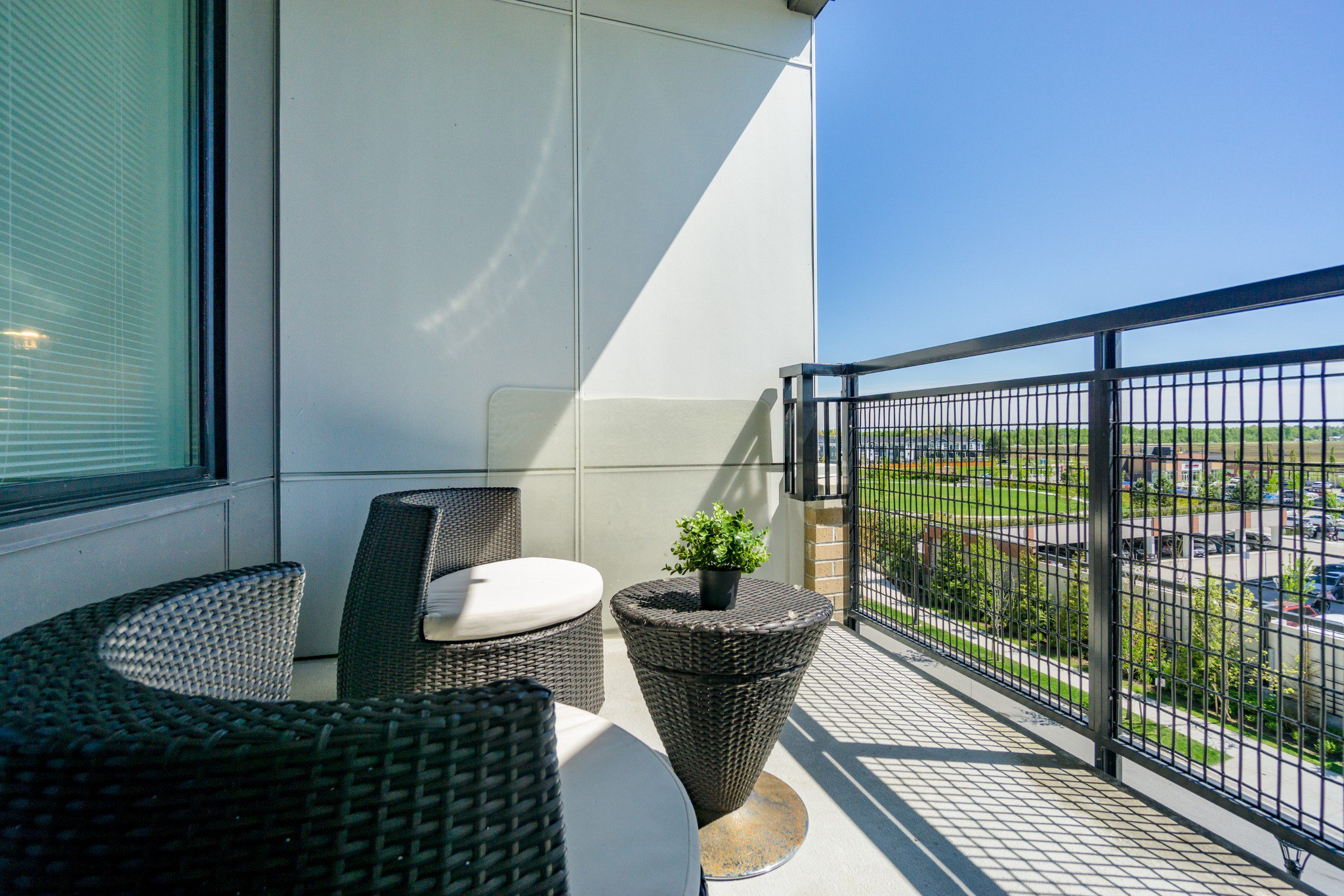 """Photo 18: Photos: 402 9311 ALEXANDRA Road in Richmond: West Cambie Condo for sale in """"ALEXANDRA COURT"""" : MLS®# R2266613"""