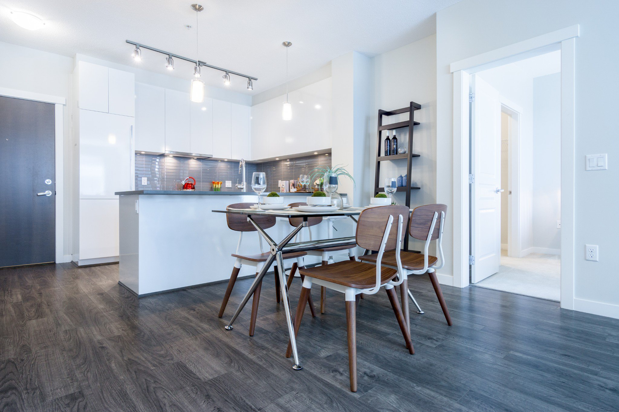 """Photo 12: Photos: 402 9311 ALEXANDRA Road in Richmond: West Cambie Condo for sale in """"ALEXANDRA COURT"""" : MLS®# R2266613"""
