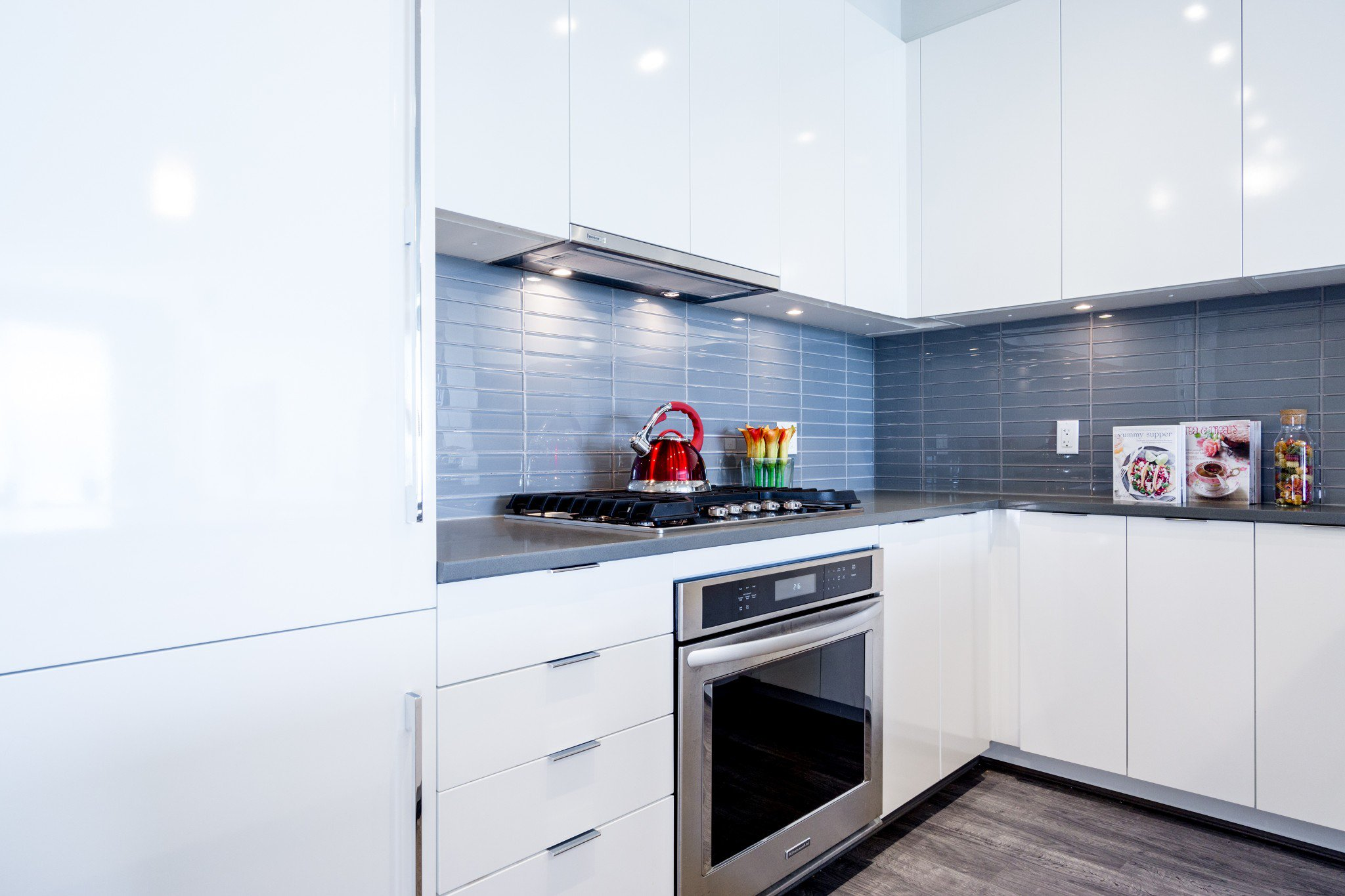 """Photo 8: Photos: 402 9311 ALEXANDRA Road in Richmond: West Cambie Condo for sale in """"ALEXANDRA COURT"""" : MLS®# R2266613"""