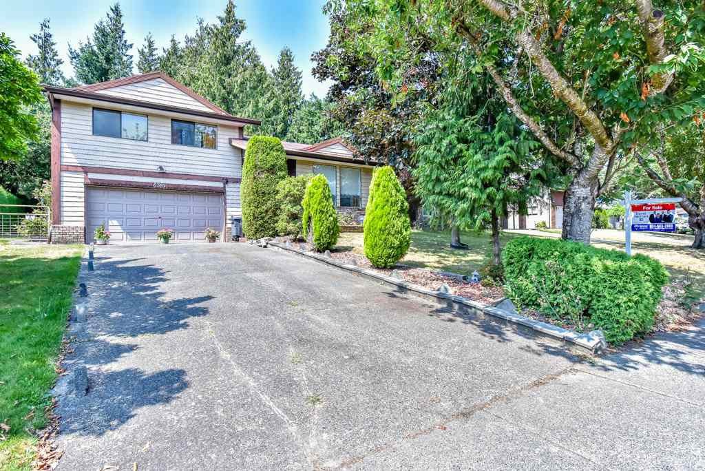Main Photo: 6315 195B Street in Surrey: Clayton House for sale (Cloverdale)  : MLS®# R2293404