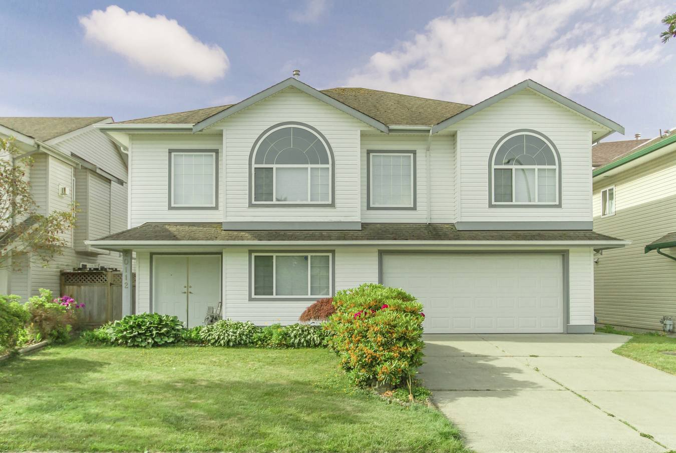 Main Photo: 20112 121 Avenue in Maple Ridge: Northwest Maple Ridge House for sale : MLS®# R2306542