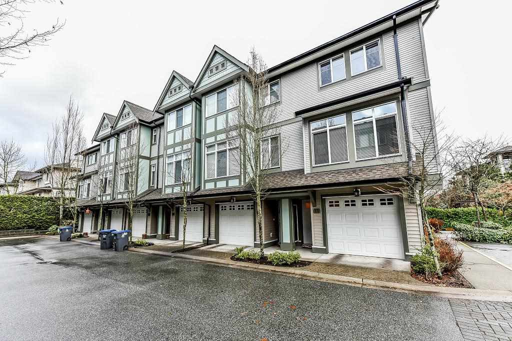 Main Photo: 22 8726 159 Street in Surrey: Fleetwood Tynehead Townhouse for sale : MLS®# R2325958