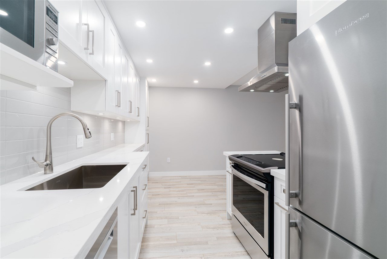 Main Photo: 212 2336 WALL Street in Vancouver: Hastings Condo for sale (Vancouver East)  : MLS®# R2378407
