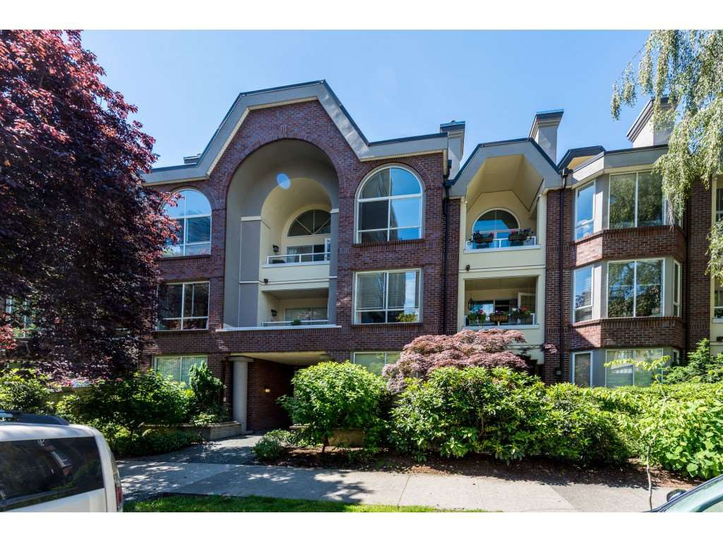 "Main Photo: 301 1230 HARO Street in Vancouver: West End VW Condo for sale in ""TWELVE THIRTY"" (Vancouver West)  : MLS®# R2379040"