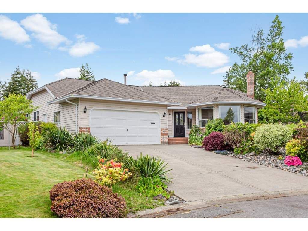 Main Photo: 14041 19A Avenue in Surrey: Sunnyside Park Surrey House for sale (South Surrey White Rock)  : MLS®# R2457646