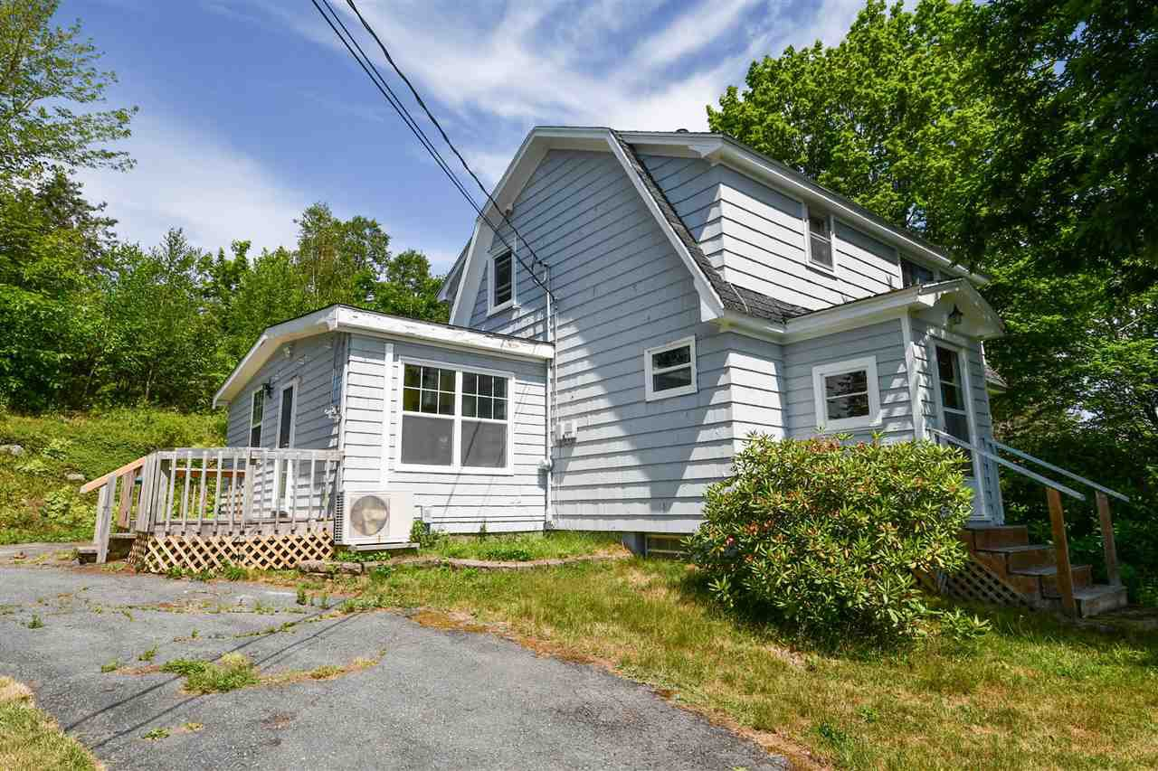 Main Photo: 10576 Peggys Cove Road in Glen Margaret: 40-Timberlea, Prospect, St. Margaret`S Bay Residential for sale (Halifax-Dartmouth)  : MLS®# 202010936