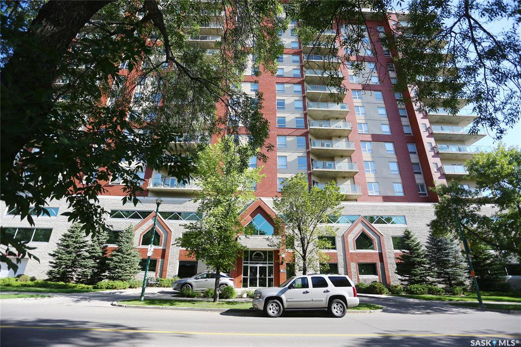 Main Photo: 1205 902 Spadina Crescent East in Saskatoon: Central Business District Residential for sale : MLS®# SK818840