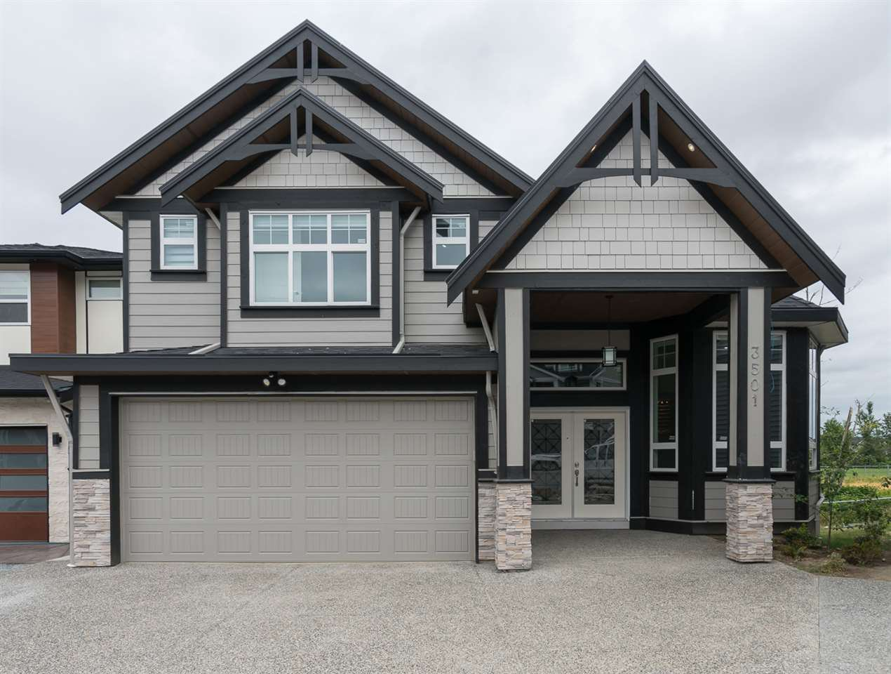 Main Photo: 3501 HILL PARK Place in Abbotsford: Abbotsford West House for sale : MLS®# R2480553