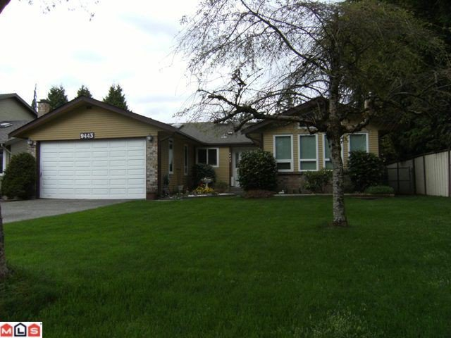 Main Photo: 9443 149A Street in Surrey: Fleetwood Tynehead House for sale : MLS®# F1112279