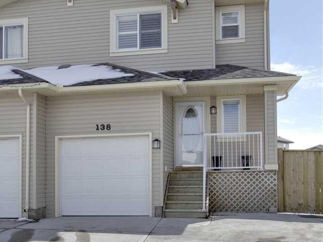 Main Photo: 138 Aspen Mews in Strathmore: Aspen Creek House for sale : MLS®# C3468039