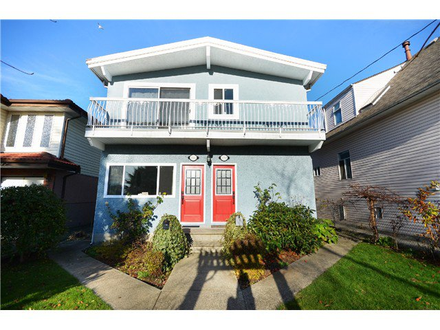 Main Photo: # 1553 1551 E 11TH AV in Vancouver: Grandview VE House for sale (Vancouver East)  : MLS®# V1037323