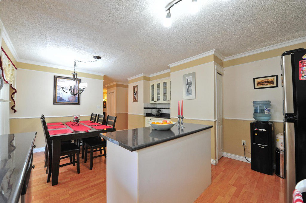 """Photo 8: Photos: 7633 119A Street in Delta: Scottsdale House for sale in """"SCOTTSDALE"""" (N. Delta)  : MLS®# F1424795"""