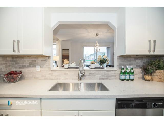 "Photo 5: Photos: 317 8655 JONES Road in Richmond: Brighouse South Condo for sale in ""CATALINA"" : MLS®# V1096923"