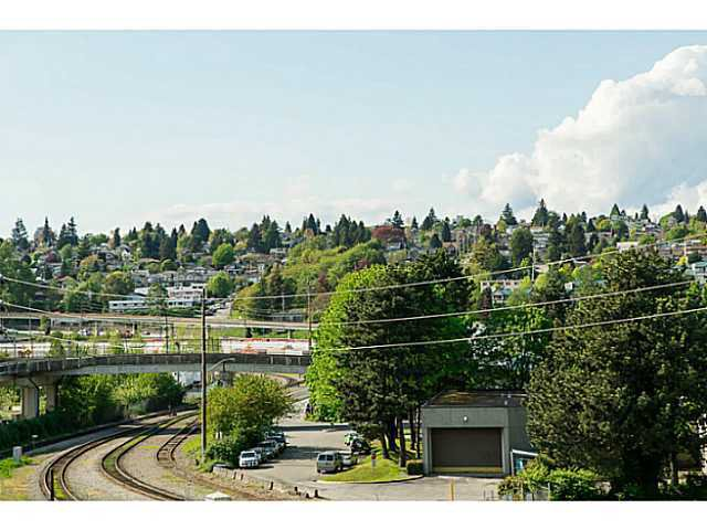 """Photo 19: Photos: 320 10 RENAISSANCE Square in New Westminster: Quay Condo for sale in """"MURANO"""" : MLS®# V1139711"""