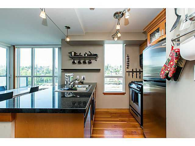 """Photo 4: Photos: 320 10 RENAISSANCE Square in New Westminster: Quay Condo for sale in """"MURANO"""" : MLS®# V1139711"""