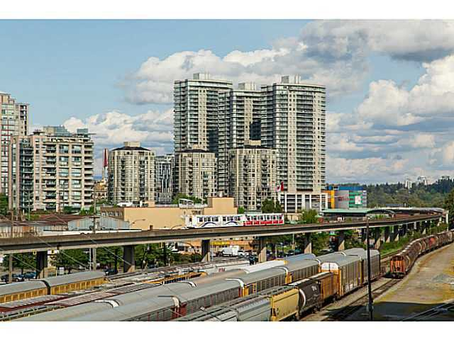 """Photo 17: Photos: 320 10 RENAISSANCE Square in New Westminster: Quay Condo for sale in """"MURANO"""" : MLS®# V1139711"""