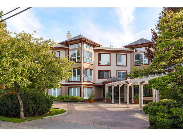 "Main Photo: 308 15342 20 Avenue in Surrey: King George Corridor Condo for sale in ""STERLING PLACE"" (South Surrey White Rock)  : MLS®# R2005987"
