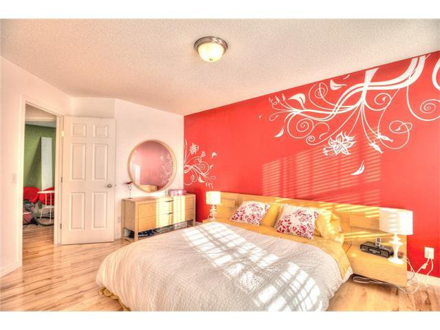 Photo 15: Photos: 670 EVERMEADOW Road SW in Calgary: Evergreen House for sale : MLS®# C4041129