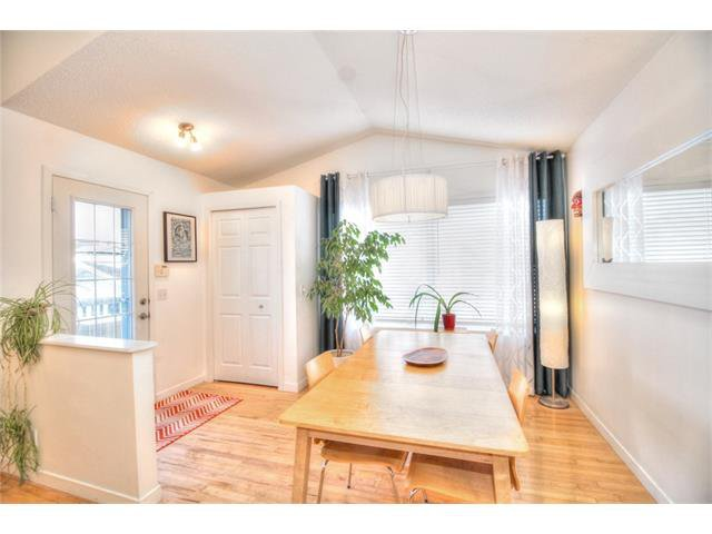Photo 11: Photos: 670 EVERMEADOW Road SW in Calgary: Evergreen House for sale : MLS®# C4041129