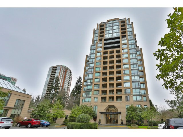 "Main Photo: 504 7388 SANDBORNE Avenue in Burnaby: South Slope Condo for sale in ""MAYFAIR PLACE II"" (Burnaby South)  : MLS®# R2023257"