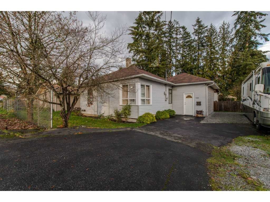 Main Photo: 11690 BURNETT Street in Maple Ridge: East Central House for sale : MLS®# R2123383