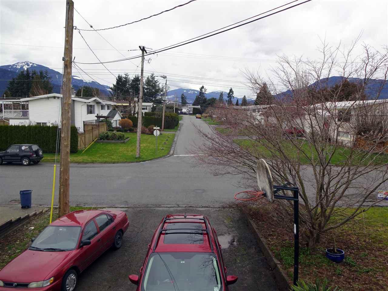 Photo 2: Photos: 46560 ELLIOTT Avenue in Chilliwack: Fairfield Island House for sale : MLS®# R2147847