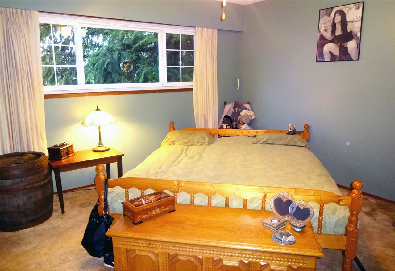 Photo 18: Photos: 46560 ELLIOTT Avenue in Chilliwack: Fairfield Island House for sale : MLS®# R2147847