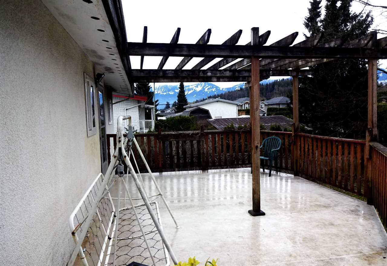 Photo 11: Photos: 46560 ELLIOTT Avenue in Chilliwack: Fairfield Island House for sale : MLS®# R2147847
