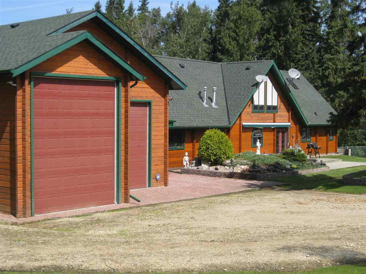 Main Photo: 58 5124 Twp Rd 554: Rural Lac Ste. Anne County House for sale : MLS®# E4059076