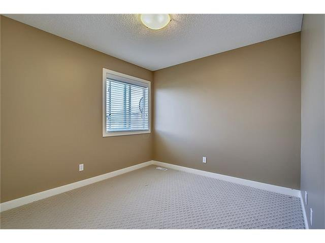 Photo 29: Photos: 190 KINCORA Park NW in Calgary: Kincora House for sale : MLS®# C4116893