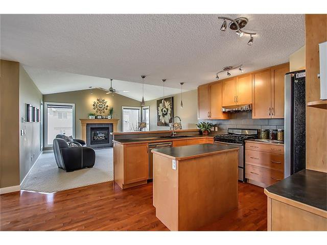 Photo 7: Photos: 190 KINCORA Park NW in Calgary: Kincora House for sale : MLS®# C4116893