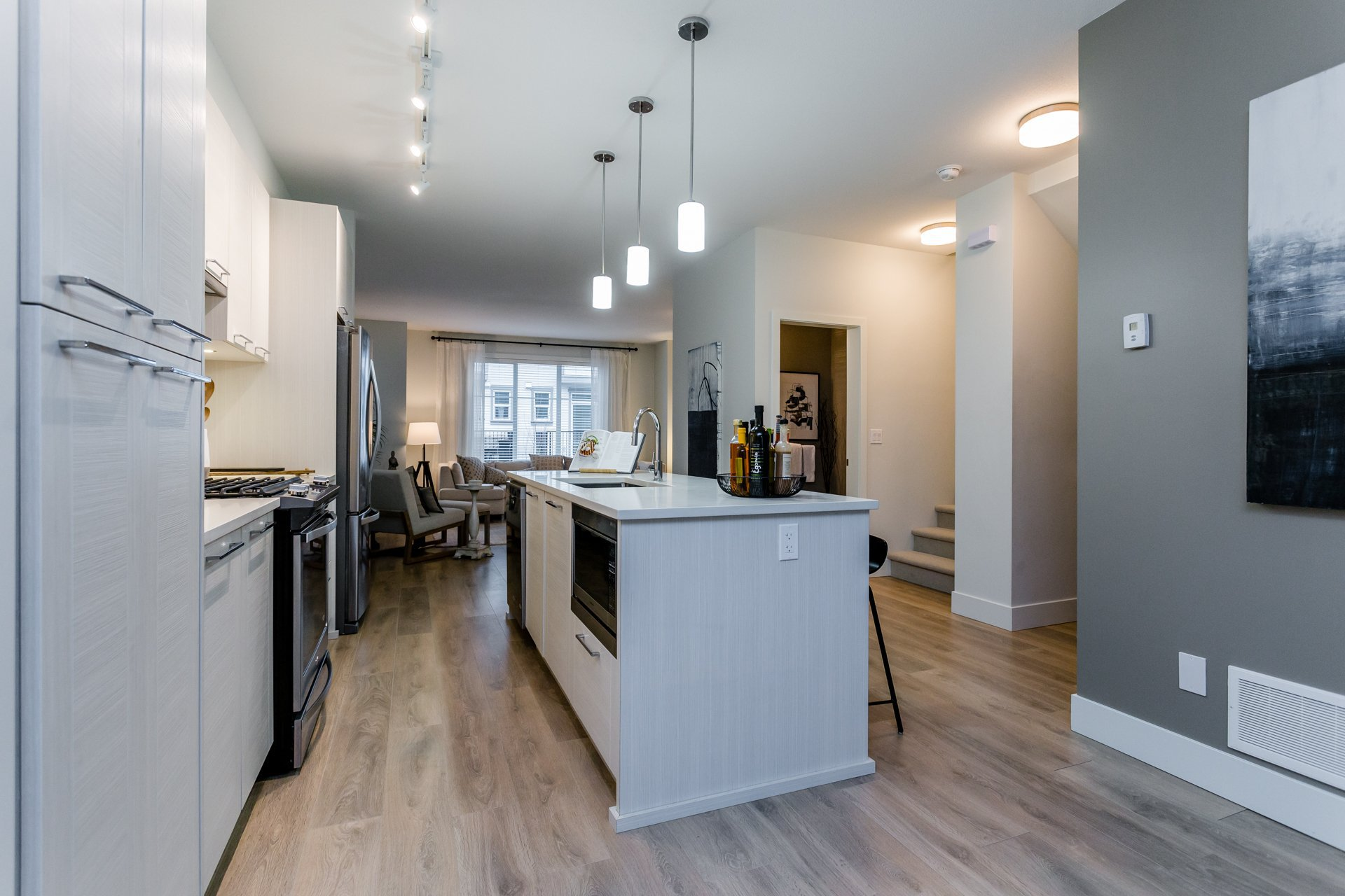 """Photo 9: Photos: 8 8217 204B Street in Langley: Willoughby Heights Townhouse for sale in """"EVERLY GREEN"""" : MLS®# R2236678"""