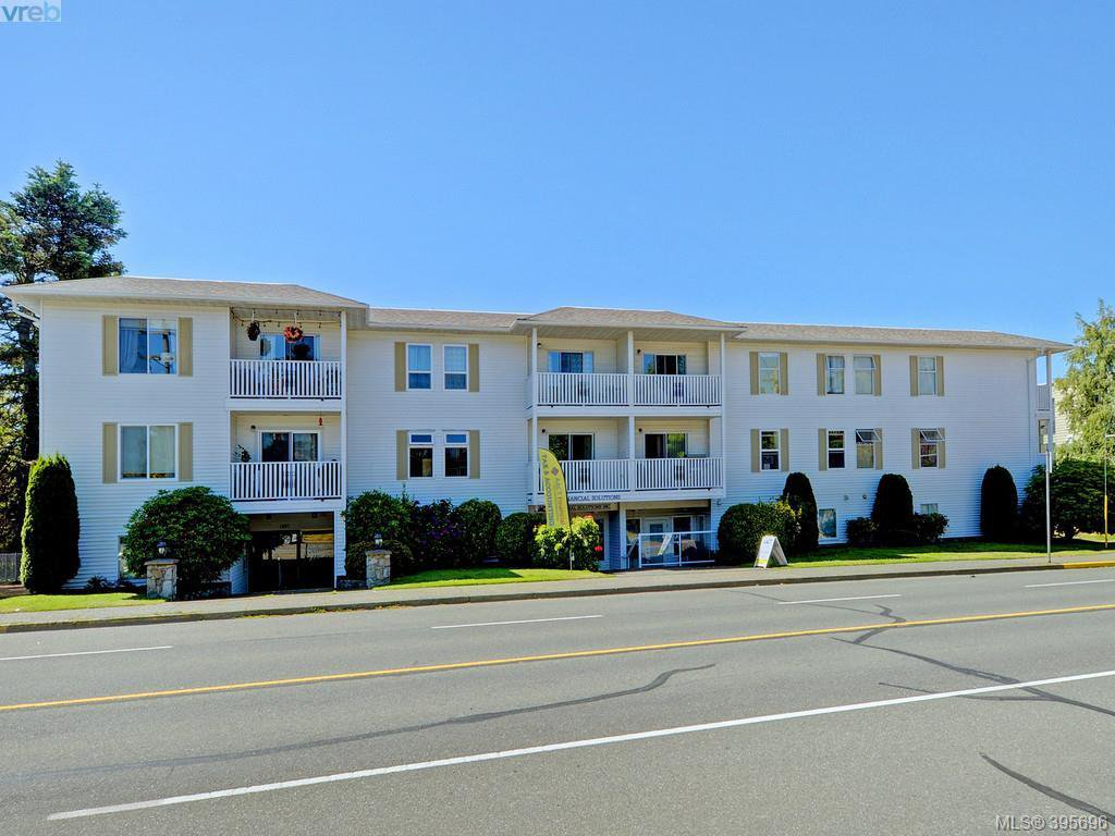 Main Photo: 208 1351 Esquimalt Rd in VICTORIA: Es Saxe Point Condo Apartment for sale (Esquimalt)  : MLS®# 793375