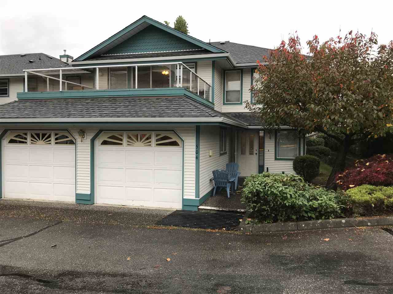 """Main Photo: 504 7500 COLUMBIA Street in Mission: Mission BC Townhouse for sale in """"Edwards Estates"""" : MLS®# R2318364"""